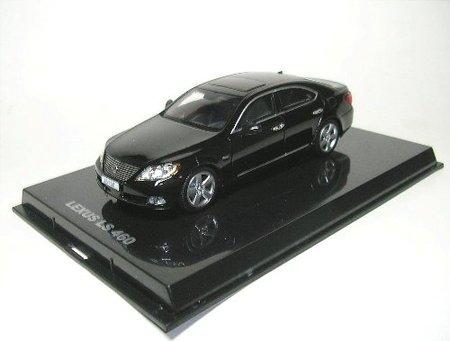 norev-pm0003-lexus-ls460-noire-2007-1-43-auto-1-43