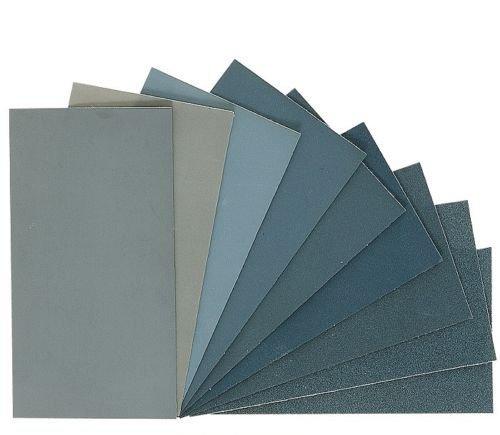 ensemble-de-feuilles-de-papier-de-verre-pour-finition-flexible-et-durable