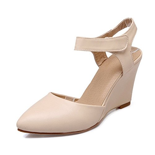 Adee Femme auto-agrippantes pointed-toe polyuréthane Pompes Chaussures Beige