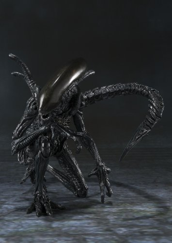 Bandai Tamashii Nations S.H. MonsterArts Alien Warrior Action Figure 5