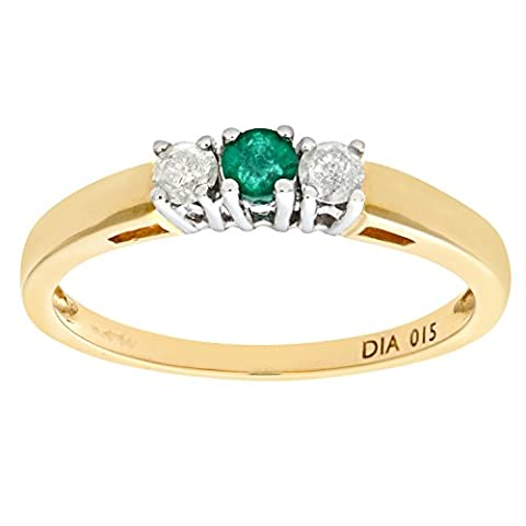 Naava Women's Emerald and Diamond 3-Stone Ring, 9 ct Yellow Gold, 4 Claw Set, Round Cut, 0.15 ct Diamond Weight, Ring