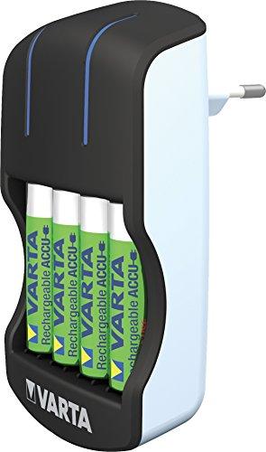Varta Plug Ladegerät - LED-Ladeanzeige - Sicherheitsabschaltung - exklusivesVarta Design - Lädt 2 oder 4 AA, AAA gleichzeitig (inkl. 4xAA 2100 mAh Akkus)