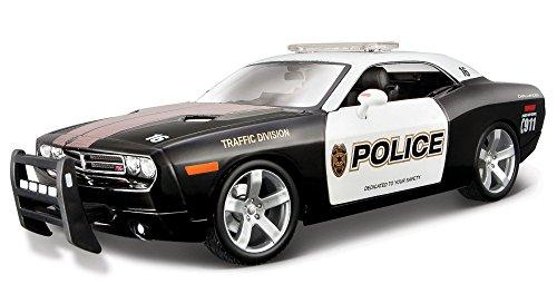 2006-dodge-challenger-concept-maisto-31365-police-118-die-cast