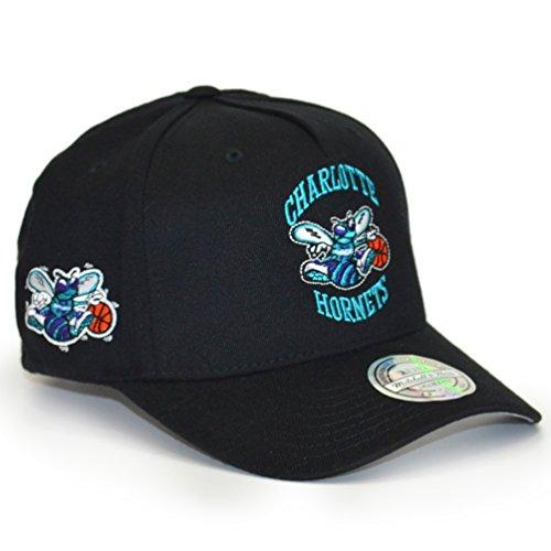c05a032b83892 Gorra Eazy 110 Hornets NBA by Mitchell   Ness NBA capsnapback cap (talla  única -
