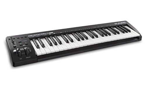 M-Audio Keystation 49 MKIII Kompakter 49-Tasten MIDI Keyboard Controller mit zuweisbaren Reglern, Pitch / Modulation Rädern, Plug-And-Play (Mac/PC) Konnektivität und Software Production Suite