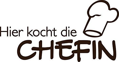 GRAZDesign 620140_30_080 Wandtattoo Hier kocht die Chefin als Wand-Zitat für Küchen-Wand   Küchen-Sprüche für Küchenschränke   Wandsticker aus Klebefolie - auch im Esszimmer oder Bar dekorieren (58x30cm // 080 braun)