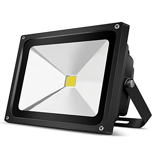Auralum 50W LED Außenstrahler Fluter Flutlichtstrahler, 6000K Kaltweiß 4500 Lumen 230V IP65 Wasserdicht, Schwarz