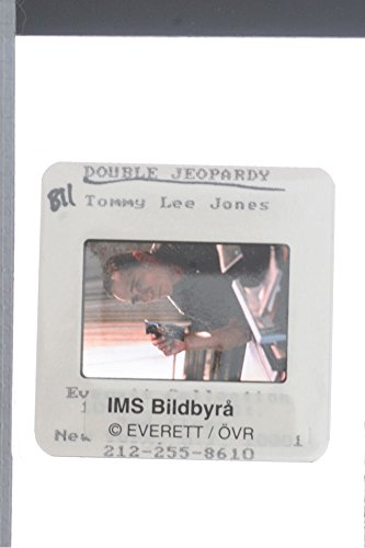 slides-photo-of-tommy-lee-jones-from-the-movie-double-jeopardy