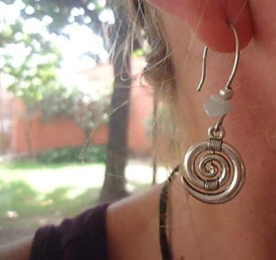 ? Boucles d'oreilles BOHO ETHNO en spirale STONE ?