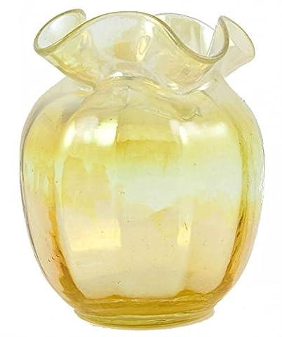 Glass Spectacular Minimalist Lavish Shoestring Ovoid gelben Vase Victorian Antique Serving Kleine Englisch des 19. Jahrhunderts LS