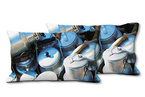 Glücksvilla Künstler-Foto-Kissen Set, (2 STK.) 80 x 40 cm, Premium Zierkissen Motiv: Milchkannen 1