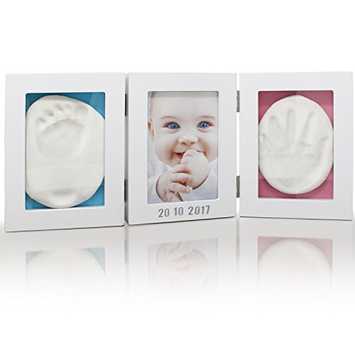 Amazy Bilderrahmen mit Abdruckset (inkl. Buchstaben & Zahlen Sticker + Anleitung) – Tolle Erinnerung an Ihr Baby mit Abdruck von Hand und Fuß (100 % schadstofffrei)