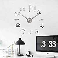 ساعة حائط ثلاثية الابعاد تلصق على الحائط مصنوعة من الاكريليك وبحركة كوارتز - لون فضي