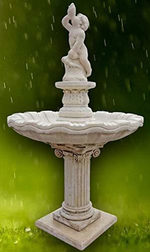 Casa Padrino Jugendstil Gartenbrunnen/Springbrunnen Junge mit Muschel Grau Ø 125 x H. 212 cm - Barock & Jugendstil Gartendeko Accessoires