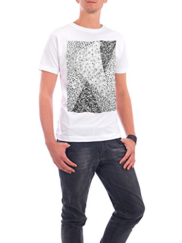 "Design T-Shirt Männer Continental Cotton ""Black & White Triangle 03"" - stylisches Shirt Tiere Abstrakt Geometrie Natur Fashion von Sarah Plaumann Weiß"