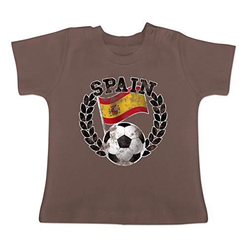 Fußball-Europameisterschaft 2020 - Baby - Spain Flagge & Fußball Vintage - 18-24 Monate - Braun - BZ02 - Baby T-Shirt Kurzarm -