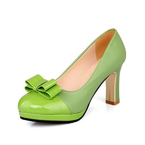 AllhqFashion Damen Lackleder Hoher Absatz Rund Zehe Rein Ziehen Auf Pumps Schuhe Grün