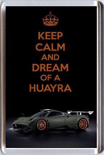 keep-calm-und-der-traum-eines-huayra-kuhlschrankmagnet-mit-abbildung-einer-pagani-huayra-sportwagen-