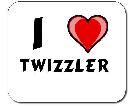 mauspad-mit-aufschrift-ich-liebe-twizzler-vorname-zuname-spitzname