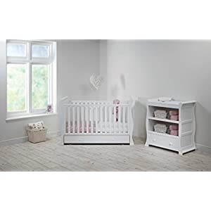 East Coast Kensington Sleigh 2 Piece Nursery Room Set Plus Mattress - White QINYUN 1. This portable crib is made of sturdy pine wood with a beautiful, non-toxic appearance, with a hard hat and locking wheel that can be converted from a crib to a baby fence with one hand. 2. Soft and encrypted mosquito net, strong and not decoupled, providing a comfortable sleeping environment for your baby The mattress attached to the cradle is gently shaken to sleep every night. 7