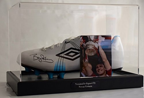 Sportagraphs Bryan Robson Signed Autograph Football Boot Display Case Manchester United PROOF PERFECT GIFT