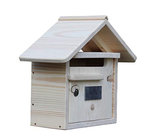 Briefkasten aus Holz in Form eines Hauses