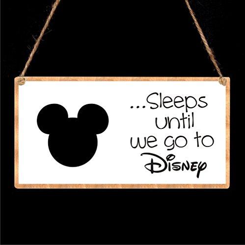 Disney-Countdown-Chalkboard-Plaque-Sleeps-until-we-go-to-Disney
