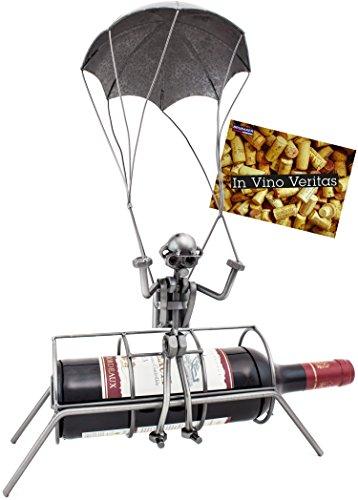 BRUBAKER Flaschenhalter Fallschirmspringer Metall Skulptur mit Geschenkkarte