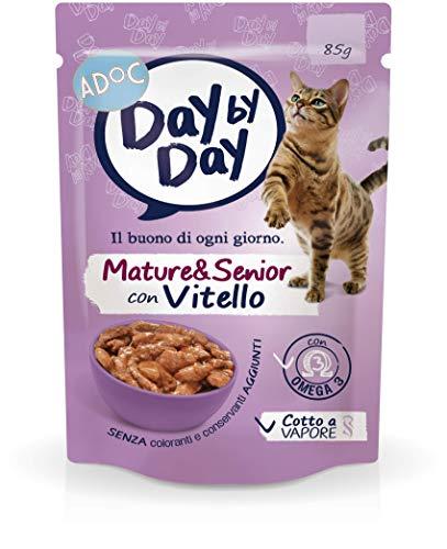Adoc Day By Day Mature con Vitello per gatti anziani, confezione da 24 pezzi