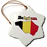 3dRose orn _ 57054_ 1la bandera de Bélgica en el esquema mapa del país y nombre Bélgica adorno de copo de nieve de porcelana, 7,62cm