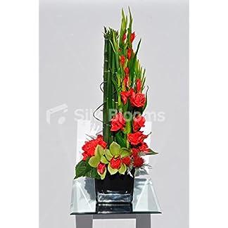 Silk Blooms Ltd Modern Artificial Rojo Gladiolos, Cardo y Flores de orquídea Mesa arreglo