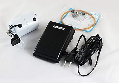 Kit de motor universal de color blanco con potencia de 150W 220V para máquina de coser doméstica. El kit incluye motor con soporte, pedal, correa, tornillería y carbones. Este tipo de motor es válido para todas aquellas máquinas de coser que antiguam...