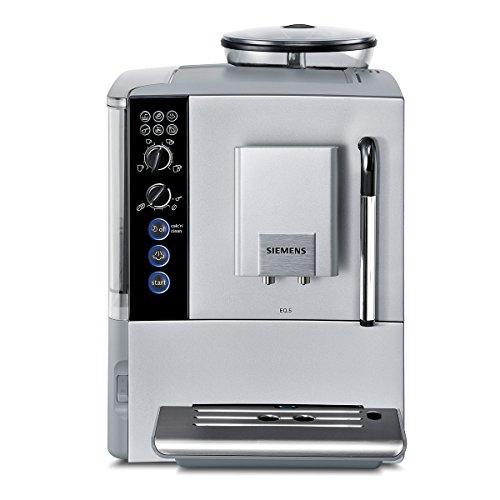TE501501DE Kaffeevollautomat EQ.5 (1600 W, Keramik-Mahlwerk, Dampfdüse) silber