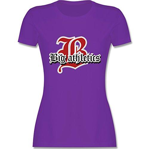 Basketball - Big Athletics - tailliertes Premium T-Shirt mit Rundhalsausschnitt für Damen Lila