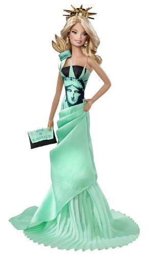 Barbie Mattel - T3772 Muñecas del Mundo Monumento - Estatua de la Libertad