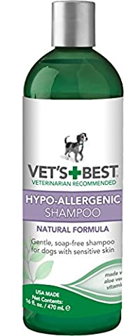 Vet's Best Hypo-Allergenic Dog Shampoo for Sensitive Skin, 470 ml