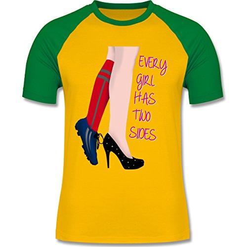 Fußball - Every girl has two sides - Fußball - zweifarbiges Baseballshirt für Männer Gelb/Grün