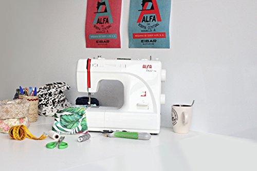 Máquina de coser Alfa Basic 720
