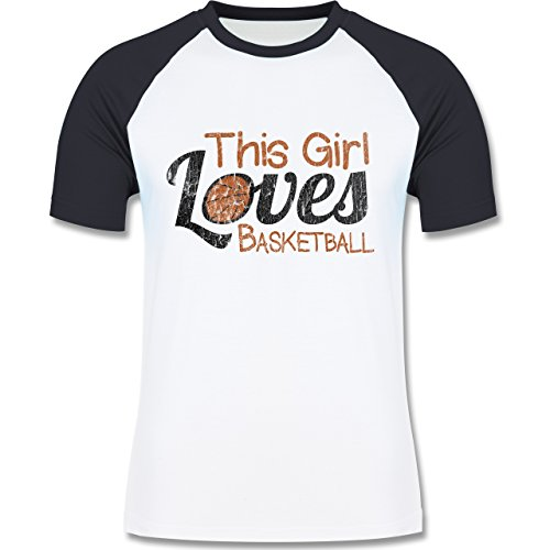 Basketball - This Girl loves Basketball - Vintage look - L140 Männer Raglan Baseball Shirt Weiß/Navy Blau