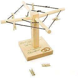 Wäsche-Spinne aus Holz mit liebevoller Gravur – Bleibt einander stets verbunden… - [Motiv Ringe] - kreative und originelle Geld-Geschenke oder Foto-Geschenke Verpackung zur Hochzeit - 20cm x 15cm