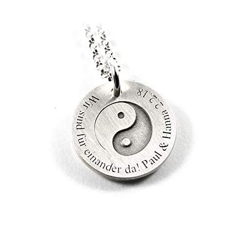 Anhänger mit individueller Gravur Motiv: Yin und Yang Daoismus Philosophie Glaube Liebe Hoffnung Kraft Symbol mit Kette 925 Silber Geschenk Andenken Namenskette Datum Initiale Yin Yang | PS187KE2