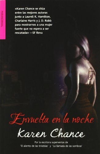 Envuelta en la noche / Embrace the Night Cover Image