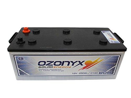 BATERÍA SOLAR OZONYX SOLAR ABIERTA 250AH Voltaje: 12V. Medidas: 518 x 273 x 240 mm. Peso: 57 Kg. Tipo de batería: Solar, Tracción Monoblock. Bajo mantenimiento. Capacidad en C100: 250Ah y en C20: 220Ah. Placa de separación entre celdas reforzadas. Pl...