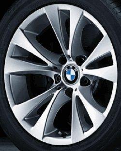 Original BMW Alufelge 5er E60-E61-LCI V-Speiche 277 in 17 Zoll