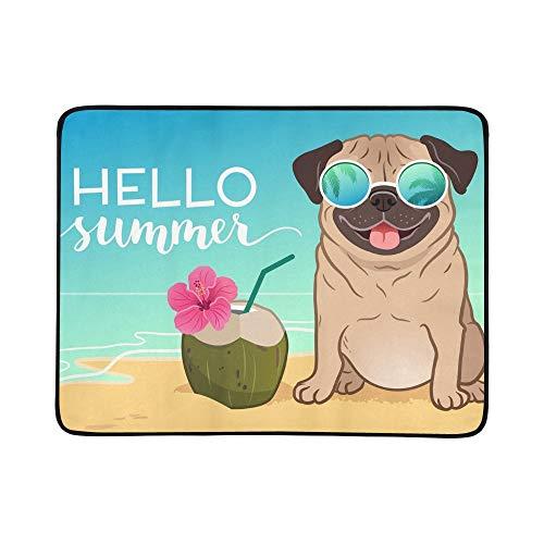 SHAOKAO Mops-Hund, der reflektierende Sonnenbrillen auf tragbarer und Faltbarer Deckenmatte 60x78 Zoll-handliche Matte für kampierenden Picknick-Strand