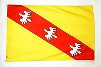 Le drapeau de la Lorraine de la marque AZ FLAG est réalisé en polyester de haute qualité et comporte deux œillets métalliques. Les bords sont renforcés et les coutures doublées pour une résistance optimale. Le drapeau lorrain proposé ici mesure 150x9...