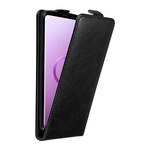 Cadorabo Hülle für Samsung Galaxy S9 Plus in Nacht SCHWARZ - Handyhülle im Flip Design mit Magnetverschluss - Case Cover Schutzhülle Etui Tasche Book Klapp Style -