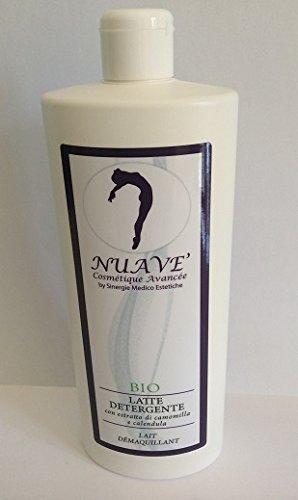 Leche limpiadora con la maravilla de manzanilla y aceite de almendras dulces cantidad profesional de 500 ml.