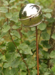 Gartendeko Stecker Lolly Pop Eisen Rost mit Edelstahlkugel 65 mm