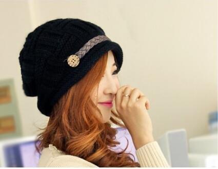 Femme Bonnet Crochet Chapeau Hiver Tricoté Cap Fille Béret ... 4ce9a53054a